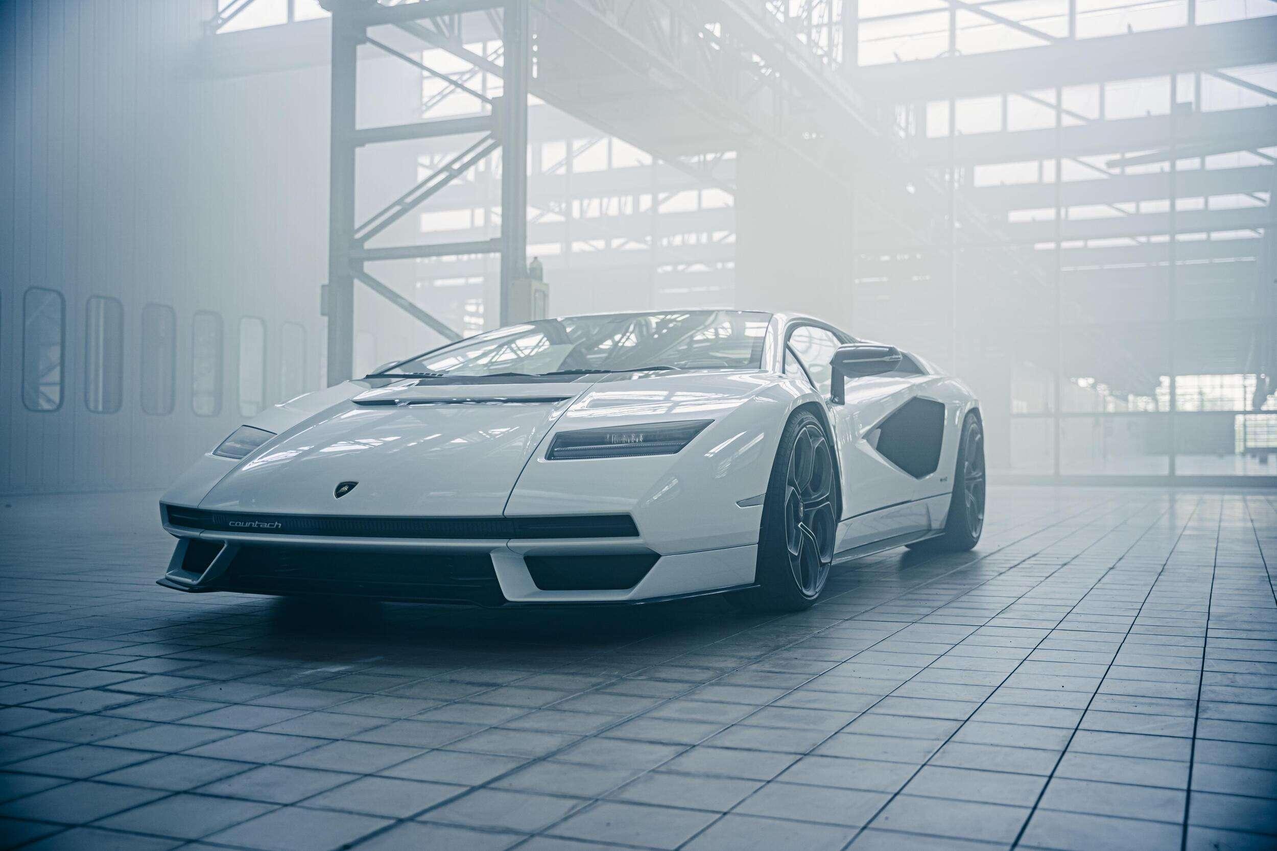 Lamborghini Countach LPI800-4, vuelve a la vida