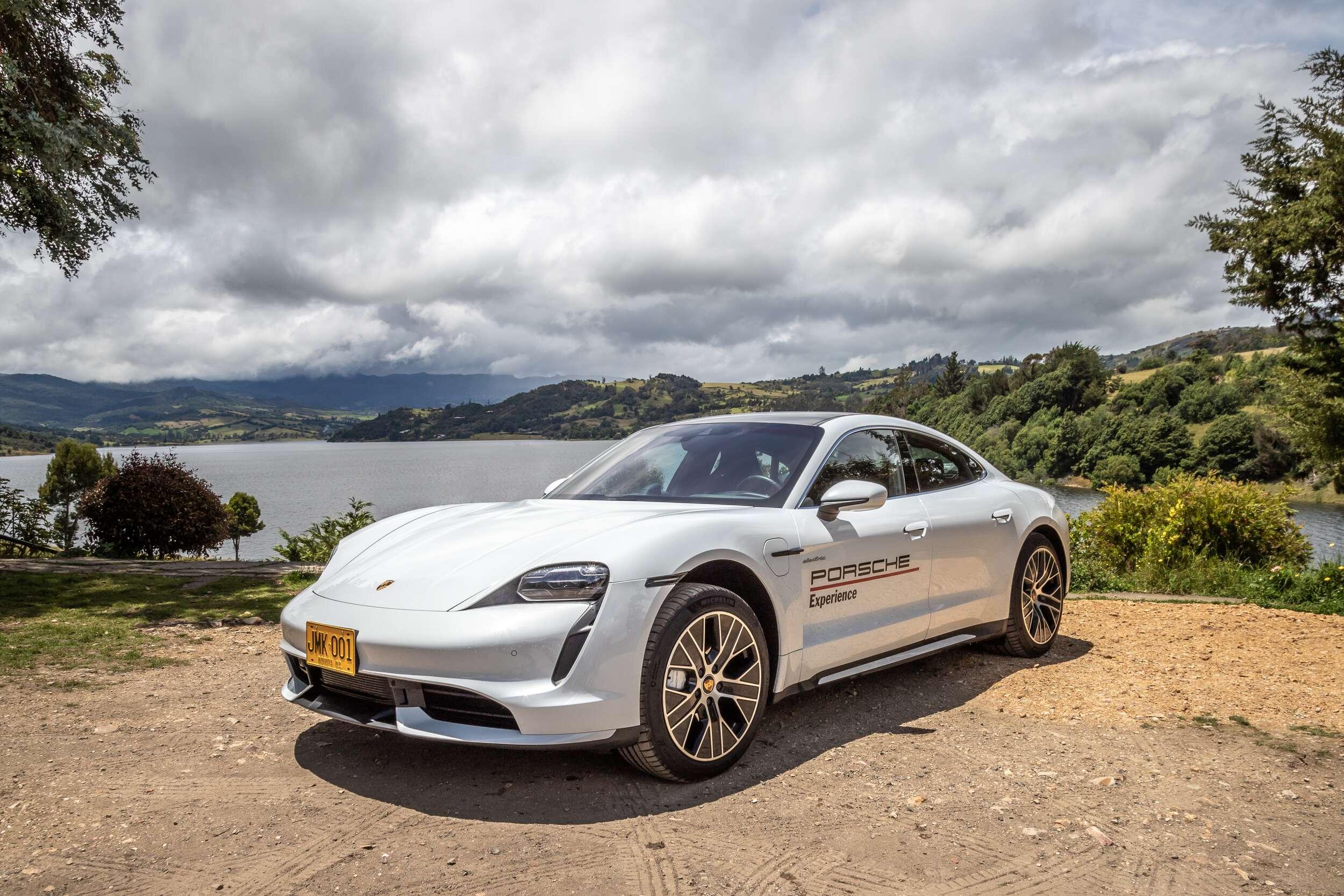 El Porsche Taycan en un recorrido electrizante por Colombia